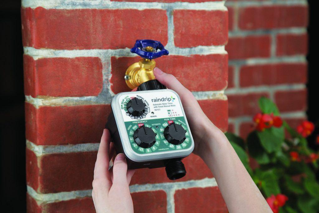 Raindrip R675CT 1024x683 Xếp hạng   10 loại van nước hẹn giờ chạy bằng pin tốt nhất !!!