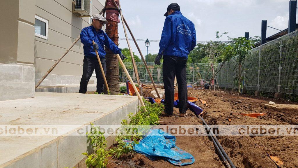 tuoi cay tu dong 10 copy 1024x576 5 bước hướng dẫn lắp đặt hệ thống tưới cây tự động cho sân vườn biệt thự có sẵn cây cối
