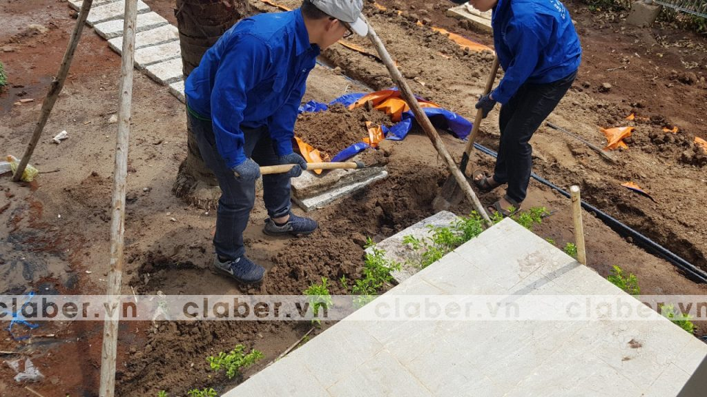 tuoi cay tu dong 11 copy 1024x576 5 bước hướng dẫn lắp đặt hệ thống tưới cây tự động cho sân vườn biệt thự có sẵn cây cối
