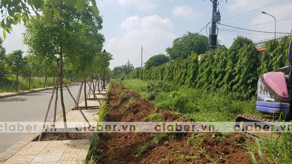 tuoi cay tu dong 2.2 copy 1024x576 5 bước hướng dẫn lắp đặt hệ thống tưới cây tự động cho sân vườn biệt thự có sẵn cây cối
