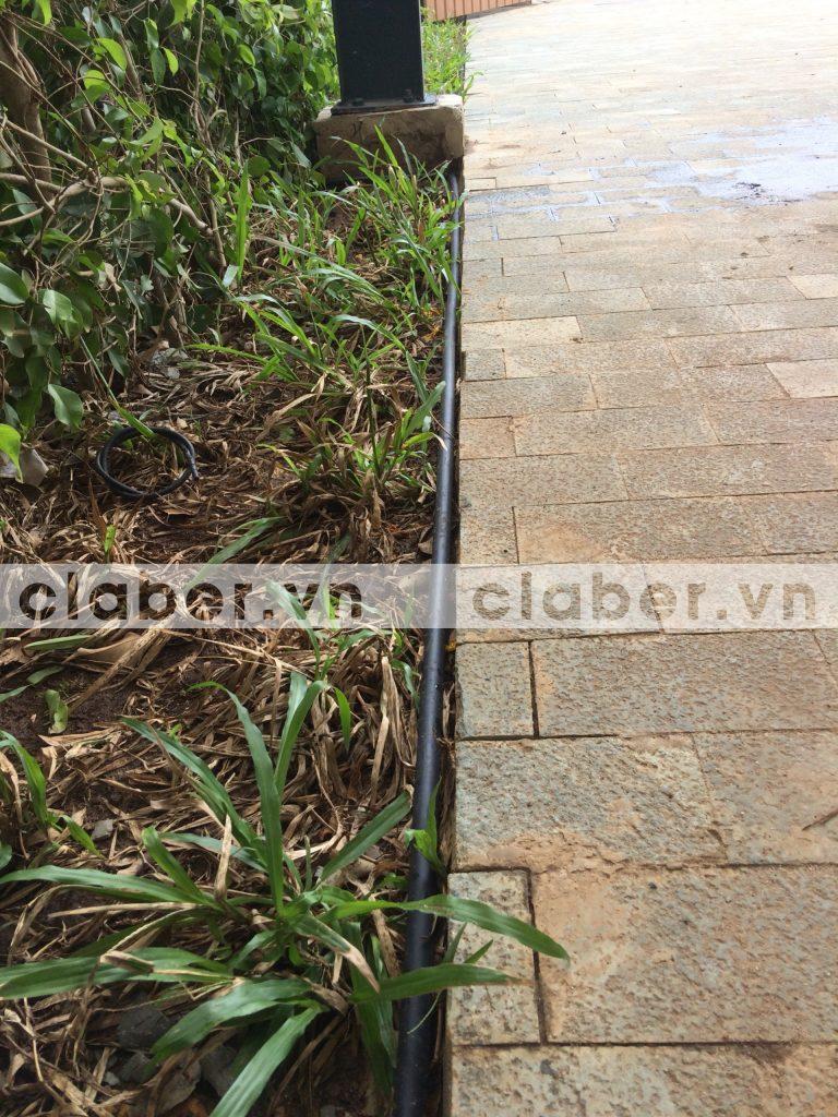 tuoi cay tu dong 21 768x1024 5 bước hướng dẫn lắp đặt hệ thống tưới cây tự động cho sân vườn biệt thự có sẵn cây cối
