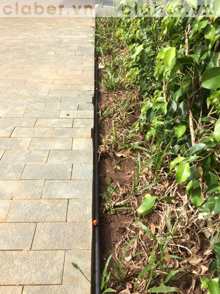 tuoi cay tu dong 23 copy 768x1024 5 bước hướng dẫn lắp đặt hệ thống tưới cây tự động cho sân vườn biệt thự có sẵn cây cối