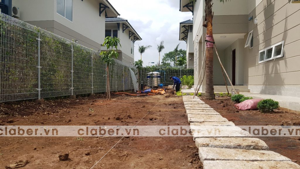 tuoi cay tu dong 3 copy 1024x576 5 bước hướng dẫn lắp đặt hệ thống tưới cây tự động cho sân vườn biệt thự có sẵn cây cối