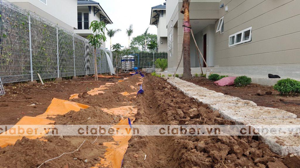 tuoi cay tu dong 7 copy 1024x576 5 bước hướng dẫn lắp đặt hệ thống tưới cây tự động cho sân vườn biệt thự có sẵn cây cối