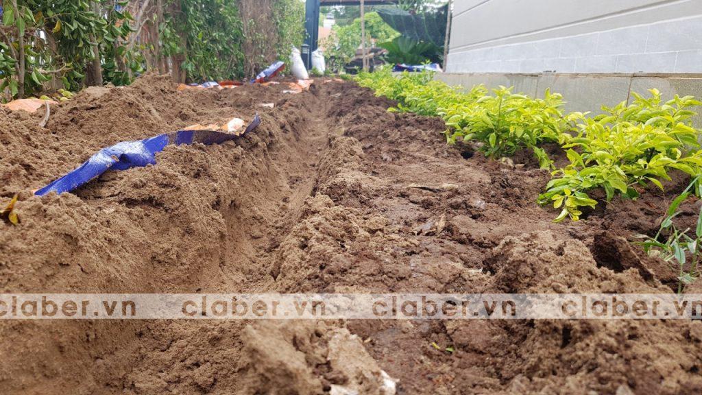 tuoi cay tu dong 8 copy 1024x576 5 bước hướng dẫn lắp đặt hệ thống tưới cây tự động cho sân vườn biệt thự có sẵn cây cối