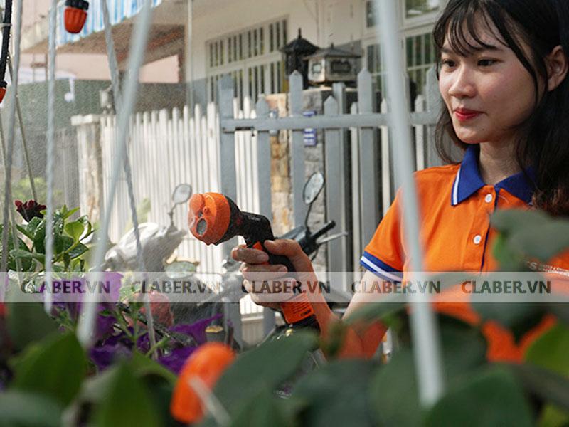 9031 mini set balcony em gai tuoi phun suong cho hoa Cuộn vòi xịt nước tưới cây ban công / Claber Mini set Balcony