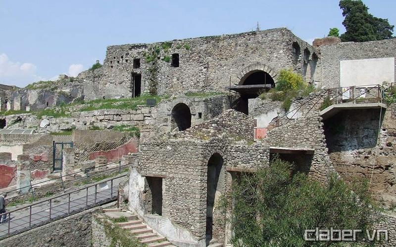 kinh nghiem du lich y 53 pompeii