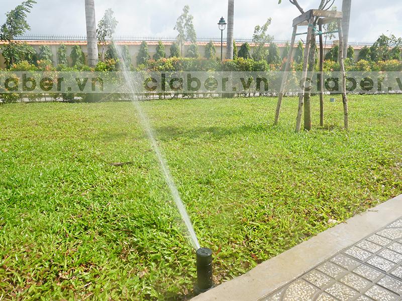 tuoi phun mua 26 Hệ thống tưới phun mưa cảnh quan   bố trí thế nào cho phù hợp