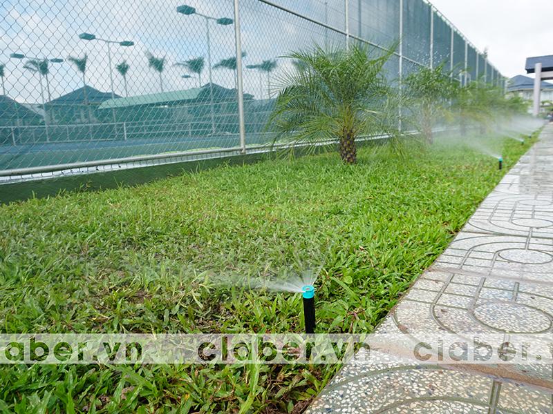 tuoi phun mua 8 Hệ thống tưới phun mưa cảnh quan   bố trí thế nào cho phù hợp