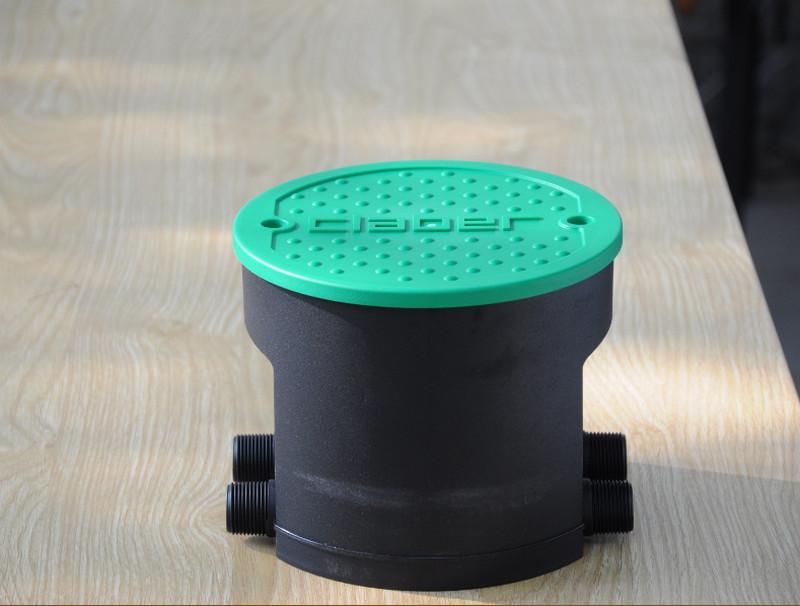 thiet bi tuoi 28 Bật mí 3 nguyên nhân khiến thiết bị tưới cây bị tắc nước